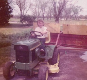 driving tractor at boxwood 001